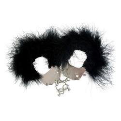 Esposas de plumas negras